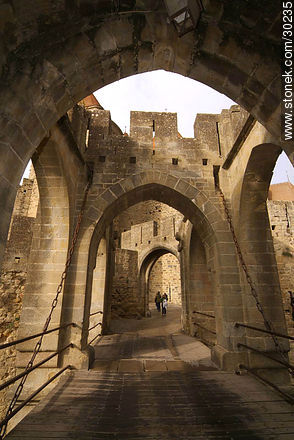 Narbonne gate - Photos of La Cité de Carcassonne - Departament of Aude, FRANCE. Image #30235