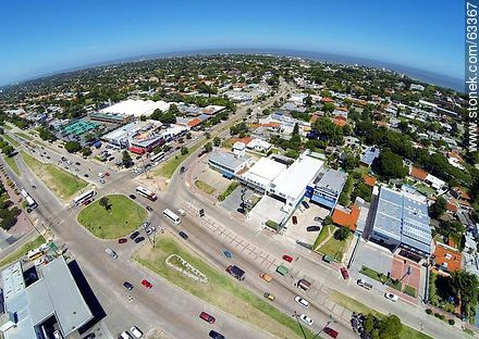 Aerial photo of the intersection of the avenues Italia and Bolivia - Photos of Carrasco quarter, URUGUAY. Image #63367