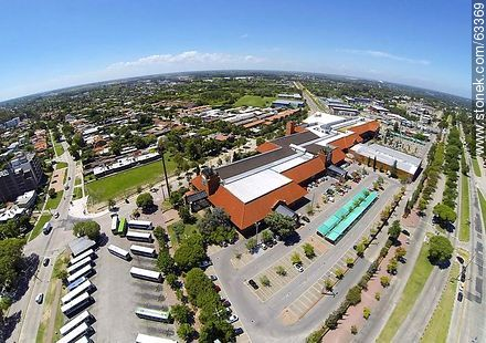 Aerial photo of Portones Shopping in the intersection of the avenues Italia and Bolivia - Photos of Carrasco quarter, URUGUAY. Image #63369