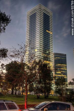 Tower 4 World Trade Center Montevideo. 40 floors - Photos of Buceo quarter, URUGUAY. Image #63789