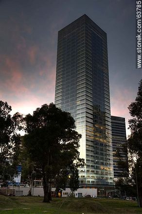 Tower 4 World Trade Center Montevideo. 40 floors - Photos of Buceo quarter, URUGUAY. Image #63785