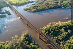 Foto #68565 - Aerial view of the railroad bridge that crosses the Santa Lucía River. Border between Canelones and Florida