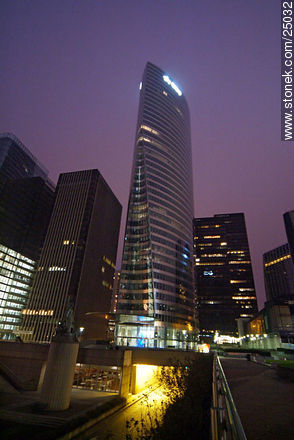 - Photos of the area of La Défense, FRANCE. Image #25032
